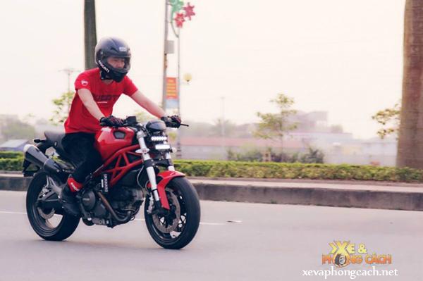 Cam nhan cua biker 8X ve nguoi tinh Ducati Monster 795 - 2
