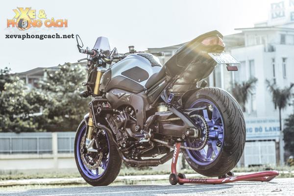 Cam nhan ve chiec Yamaha FZ8 do khung voi chi phi 250 trieu cua biker Sai Gon - 8