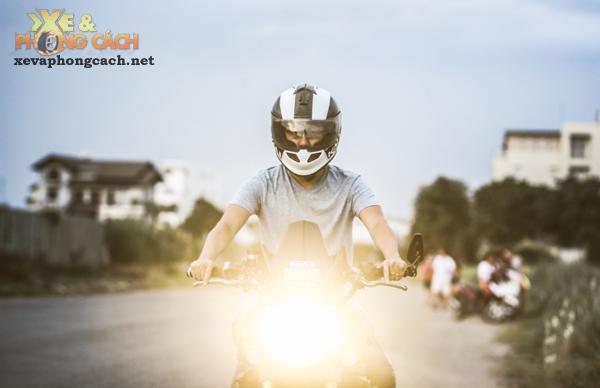 Cam nhan ve chiec Yamaha FZ8 do khung voi chi phi 250 trieu cua biker Sai Gon - 10