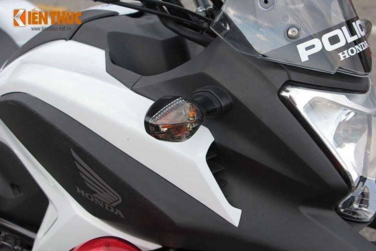 Can canh Honda NC750 phien ban Police chinh hang tai Viet Nam - 8