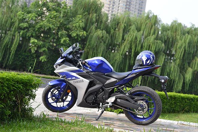 Canh tranh voi doi thu bang gia lieu Yamaha R3 con giu duoc chat