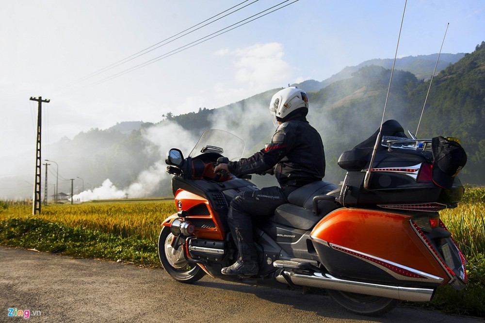 Dan sieu moto chinh phuc dinh deo Tay Bac - 2