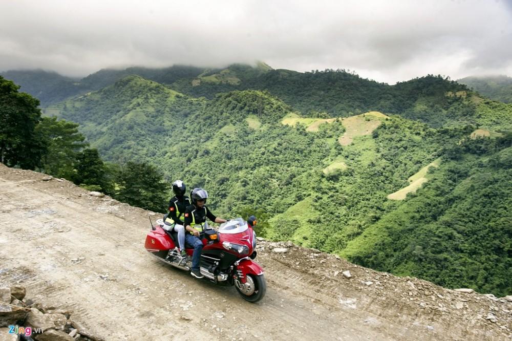 Dan sieu moto chinh phuc dinh deo Tay Bac - 9
