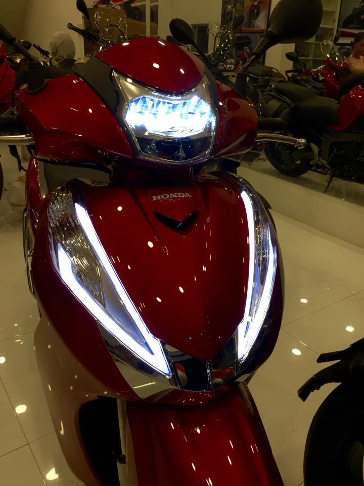 Danh gia Honda SH300i 2016 Gia xe va chi tiet hinh anh - 5