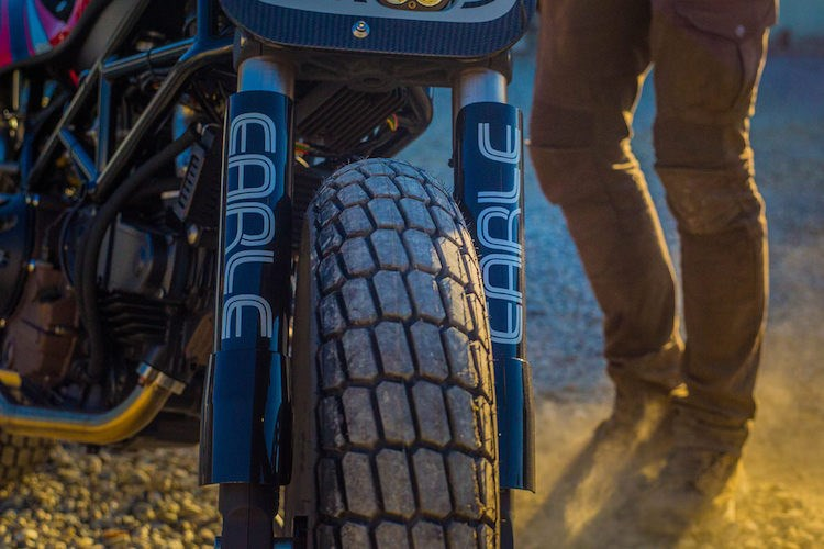 Ducati Monster street tracker hang khung tu Volkswagen - 5