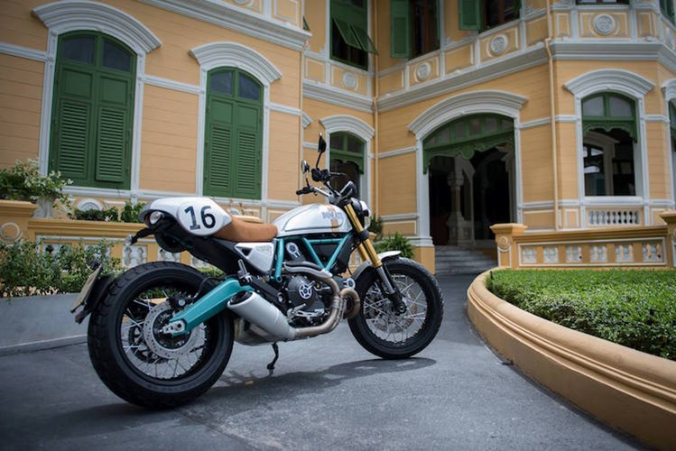 Ducati Scrambler Paul Smart Khi niem dam me dat den dinh cao - 7