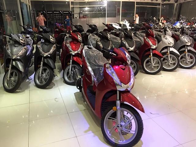 Hang loat Honda SH300i 2016 ve Viet Nam voi gia 325 trieu dong - 2