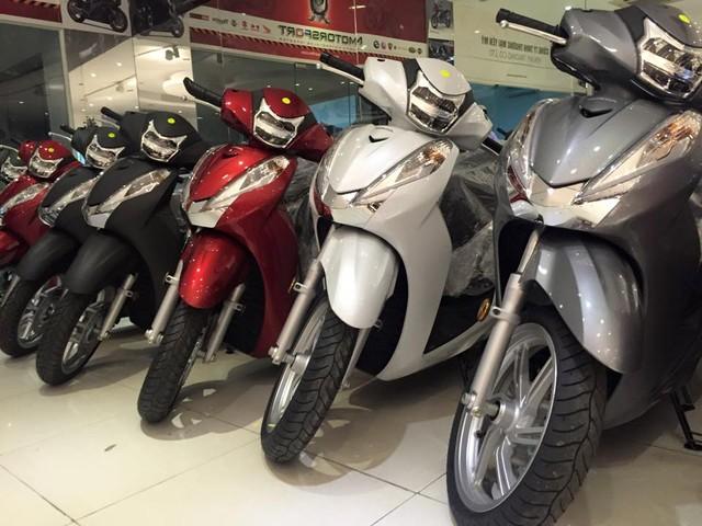 Hang loat Honda SH300i 2016 ve Viet Nam voi gia 325 trieu dong - 3