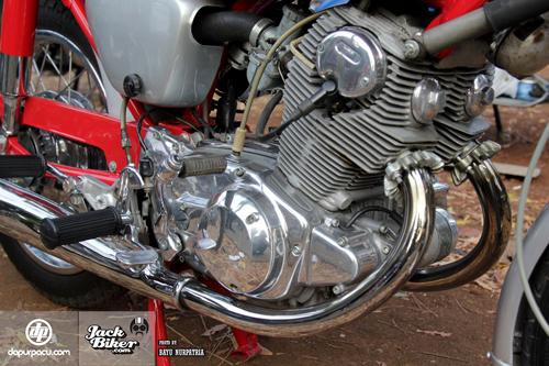 Honda CB72 xe co hang hiem o Indonesia gia 11000 USD - 11