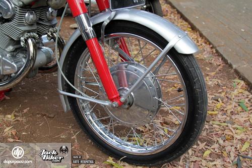 Honda CB72 xe co hang hiem o Indonesia gia 11000 USD - 7