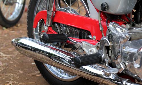Honda CB72 xe co hang hiem o Indonesia gia 11000 USD - 13