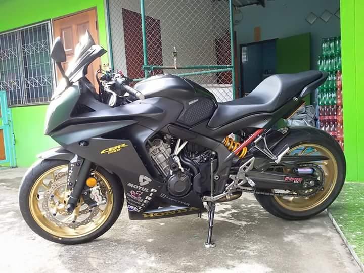 Honda CBR 650F do dep cung nhieu do choi hieu tai Thailan