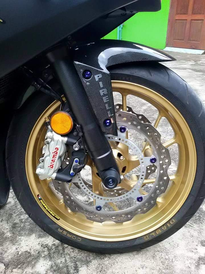 Honda CBR 650F do dep cung nhieu do choi hieu tai Thailan - 2
