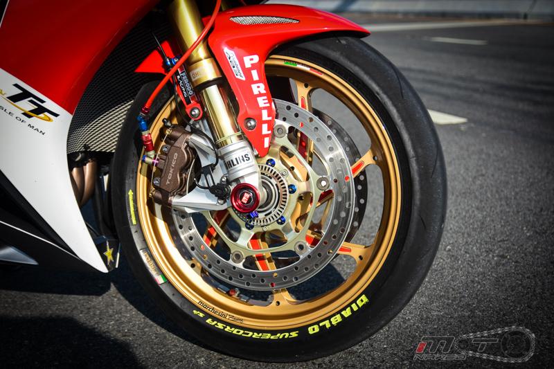 Honda CBR1000RR FireBlade SP do full Option tai Thai - 21