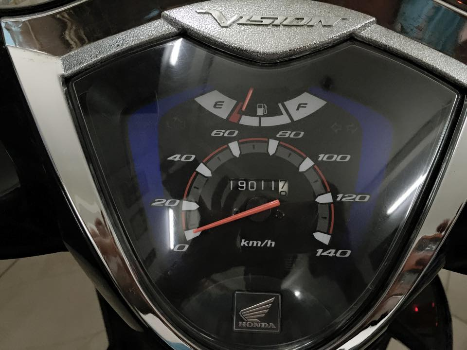 Honda Vision fi mau den chinh chu su dung - 4