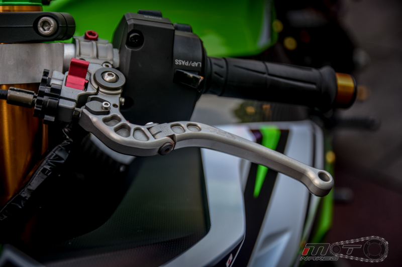 Kawasaki Ninja ZX10R phien ban 30 nam do sanh dieu tren dat Thai - 27