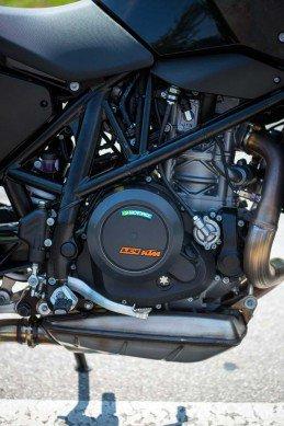 KTM 690 Duke 2016 lo dien voi dong co duoc nang cap - 3