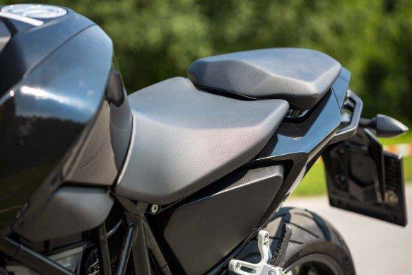 KTM 690 Duke 2016 lo dien voi dong co duoc nang cap - 7