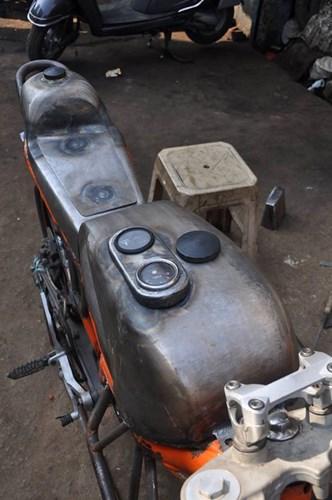 Len doi Yamaha 2 thi thanh KTM Duke cuc ki doc dao - 5