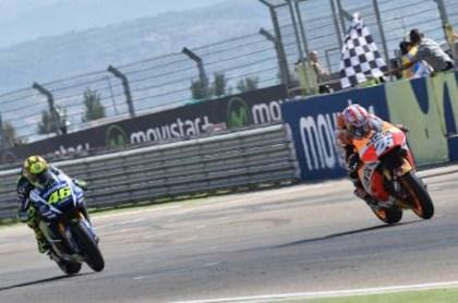 Marquez da chinh thuc tu bo tham vong vo dich MotoGP 2015 - 2