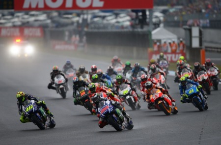 MotoGP 2015 chang 15 Dani Pedrosa da tim lai cam giac chien thang sau mot thoi gian dai vo vong - 11