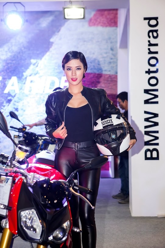 Nguoi dep Viet do dang cung cac chien binh BMW Motorrad - 4