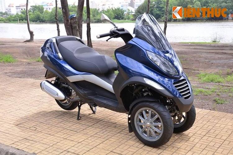 Piaggio MP3 250 mau xe tay ga PKL xuat hien tren pho Sai Gon