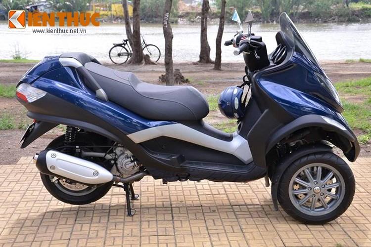 Piaggio MP3 250 mau xe tay ga PKL xuat hien tren pho Sai Gon - 9
