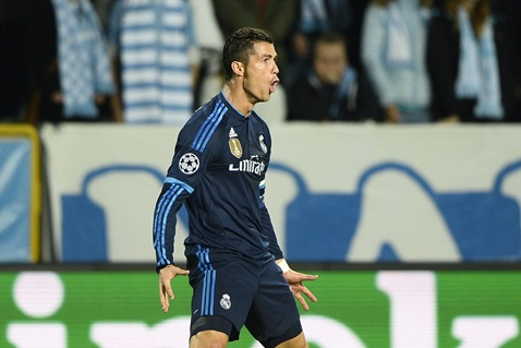 Ronaldo dem qua da dat toi cot moc 500 ban trong su nghiep cau thu