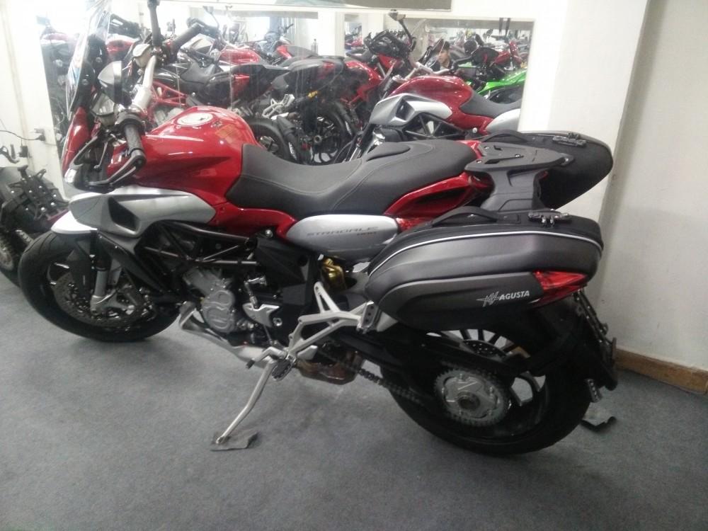 Showroom Moto Ken xe chau au chinh ngach nhieu dong MV - 3