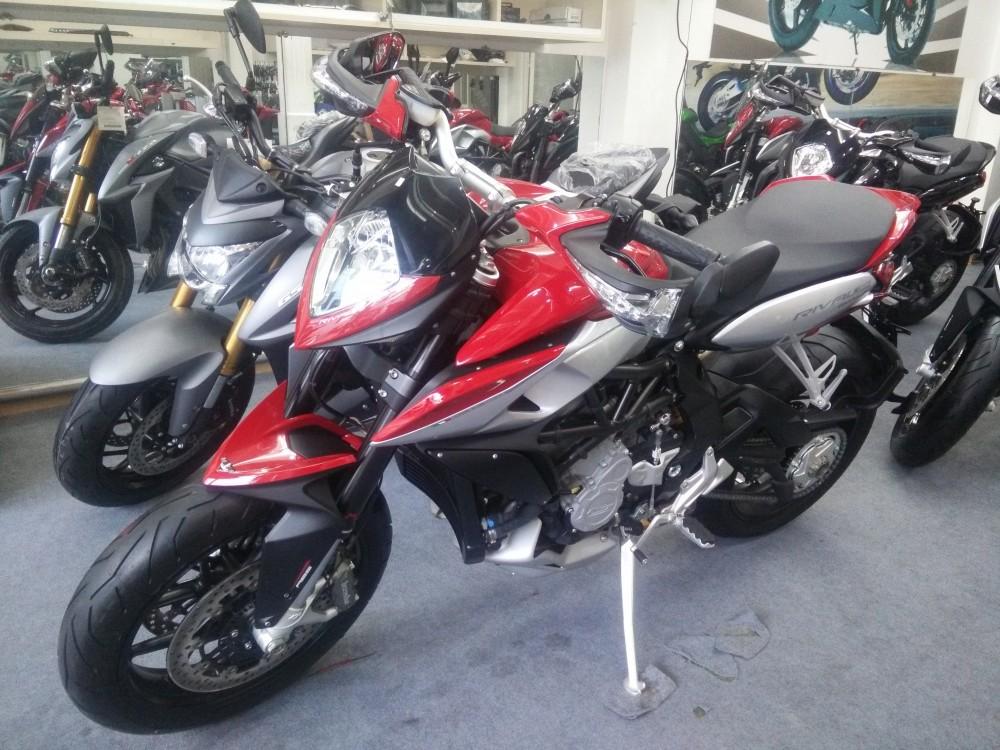 Showroom Moto Ken xe chau au chinh ngach nhieu dong MV - 9