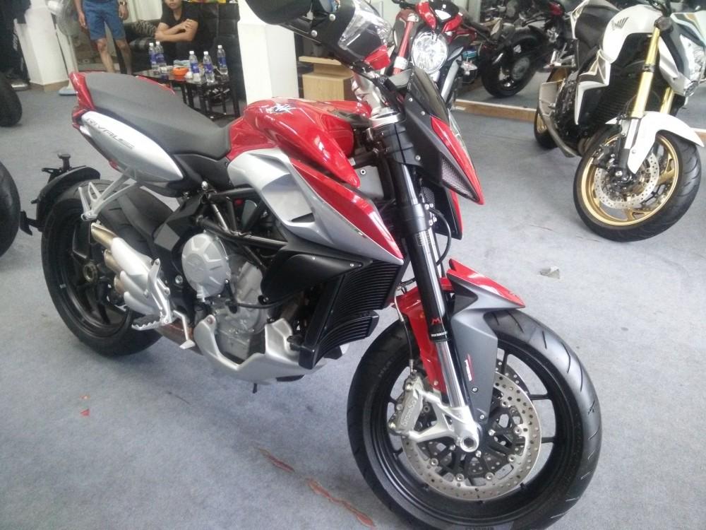 Showroom Moto Ken xe chau au chinh ngach nhieu dong MV - 10