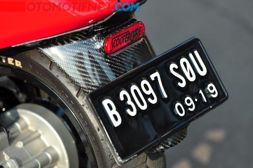 Vespa Sprint do phong cach va doc dao cua biker nuoc ngoai - 5