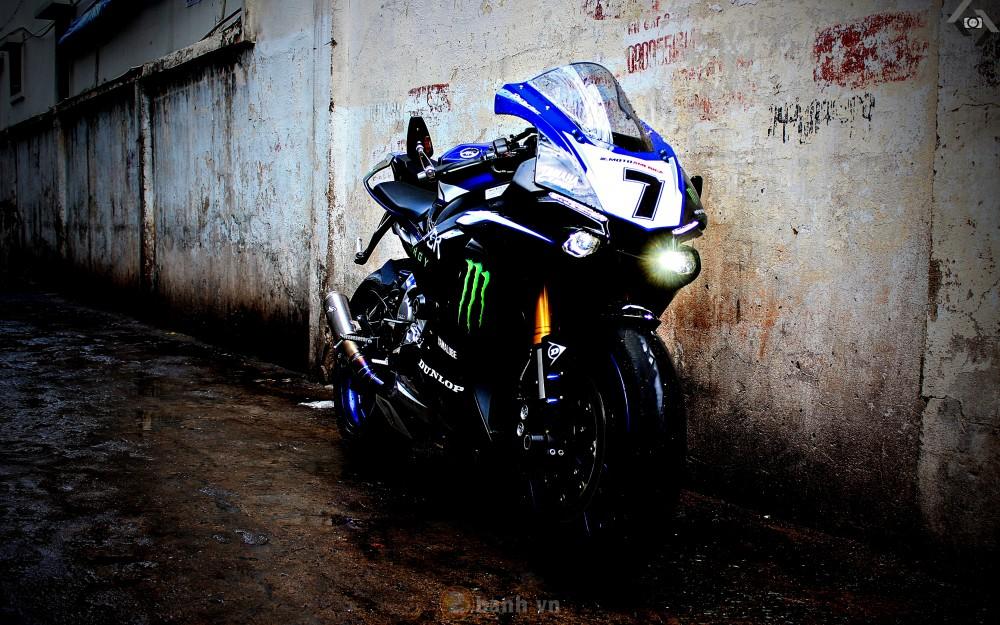 Yamaha R1 2015 phien ban GP Monster Energy - 3