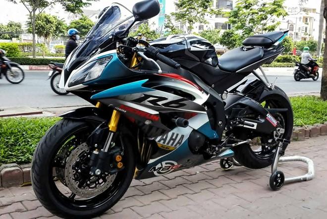 Yamaha R6 son tem dau la ma doc cua biker An Giang