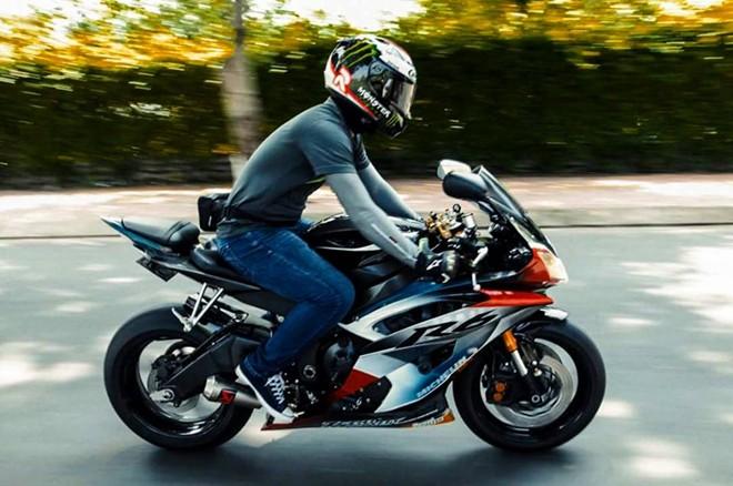 Yamaha R6 son tem dau la ma doc cua biker An Giang - 4