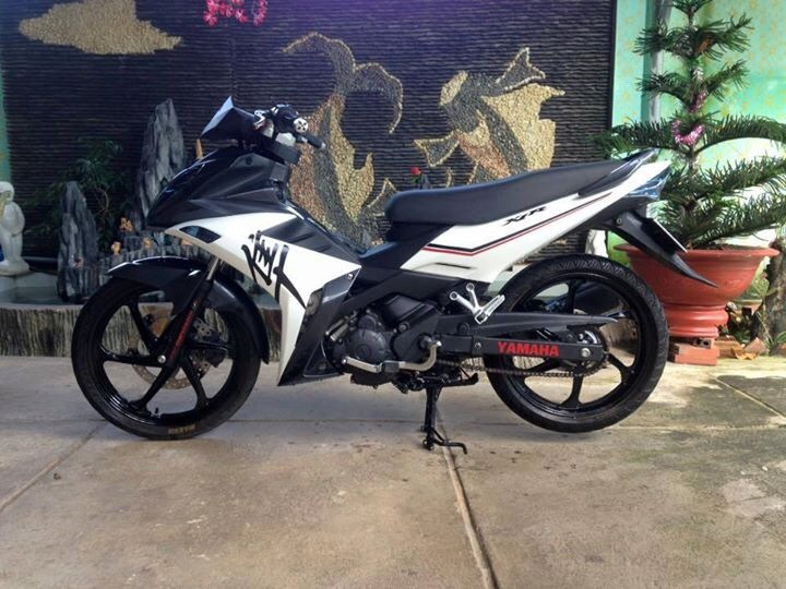 Yamaha x1r kieng doc phong cach gia sinh vien - 3