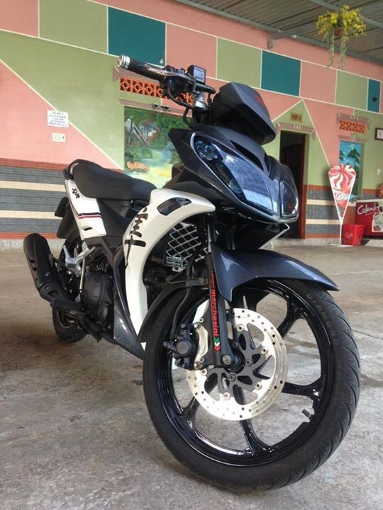 Yamaha x1r kieng doc phong cach gia sinh vien