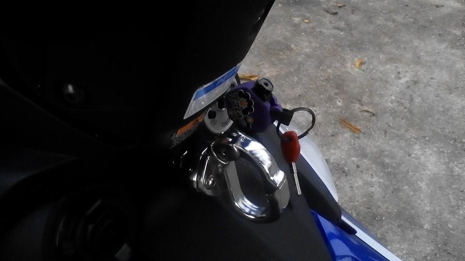 Yamaha Y15ZR len do choi lung linh den tu biker nuoc ban - 8