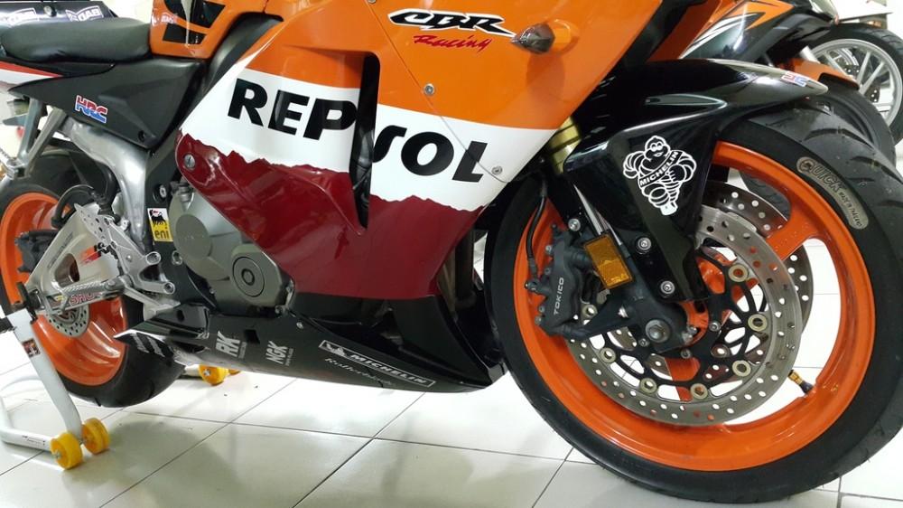 Ban CBR 600RR Repsol Cuc Dep - 11