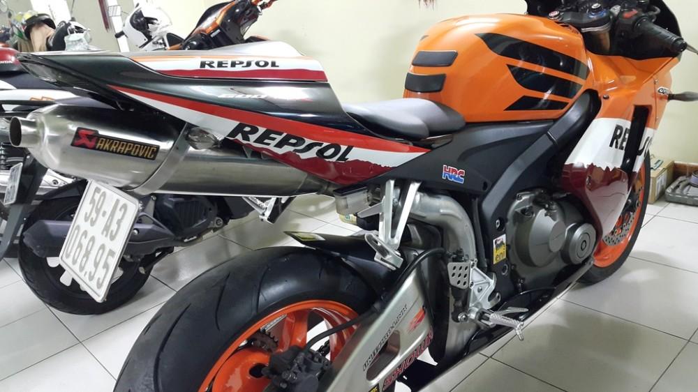 Ban CBR 600RR Repsol Cuc Dep - 13