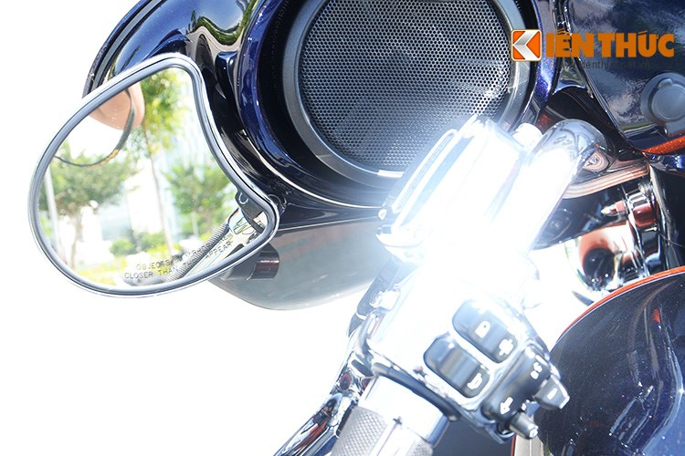 Can canh HarleyDavidson CVO Street Glide 2015 gia 16 ty dong tai Viet Nam - 8