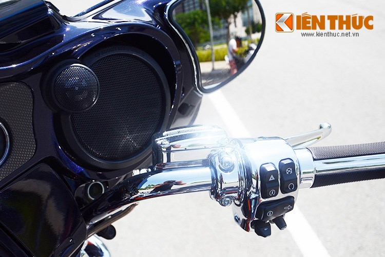 Can canh HarleyDavidson CVO Street Glide 2015 gia 16 ty dong tai Viet Nam - 9