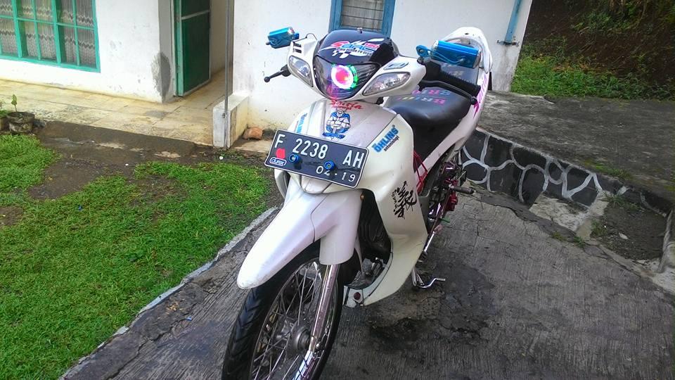 Can canh suzuki satria 120 tai nuoc ngoai - 3