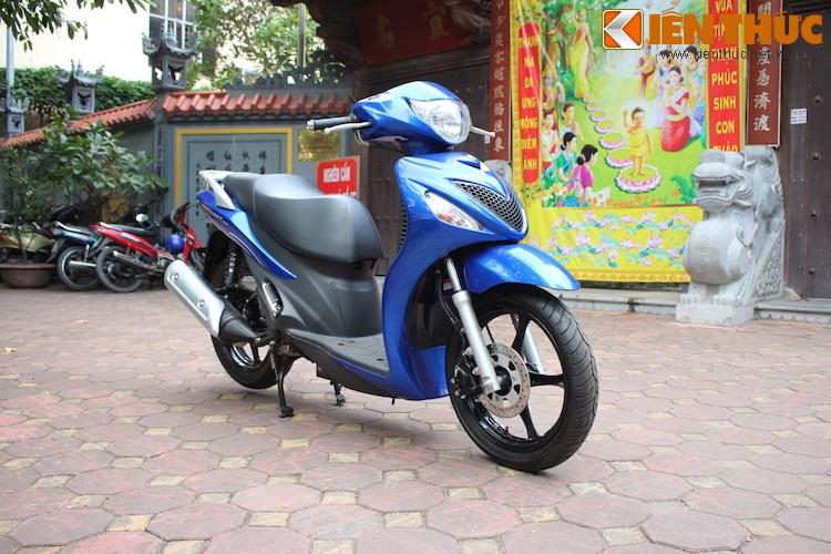 Can canh Suzuki Sixteen doi thu cua Honda SH vua ve den Viet Nam
