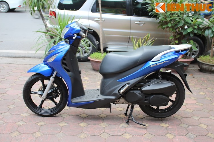 Can canh Suzuki Sixteen doi thu cua Honda SH vua ve den Viet Nam - 7