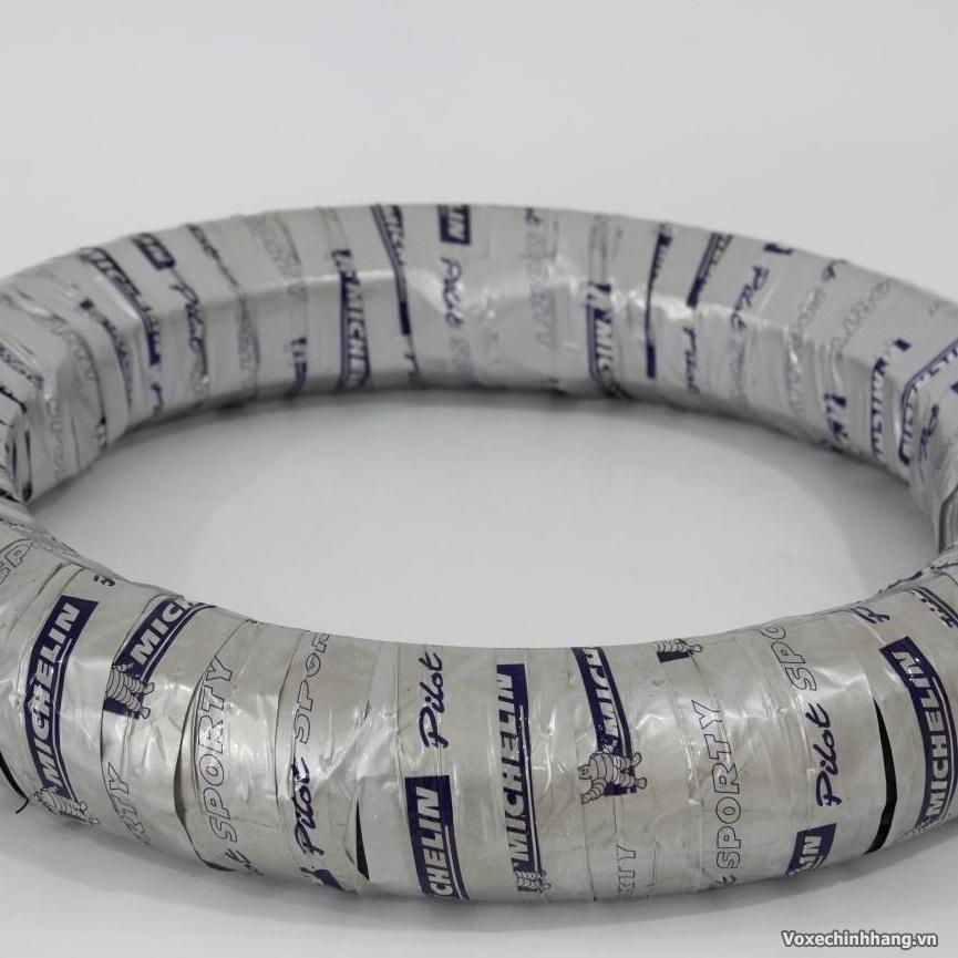 Chuyen vo Michelin danh cho xe may voi day du size kieu dang - 4