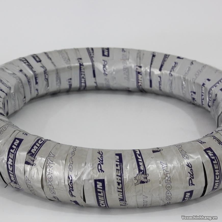 Chuyen vo Michelin danh cho xe may voi day du size kieu dang - 5