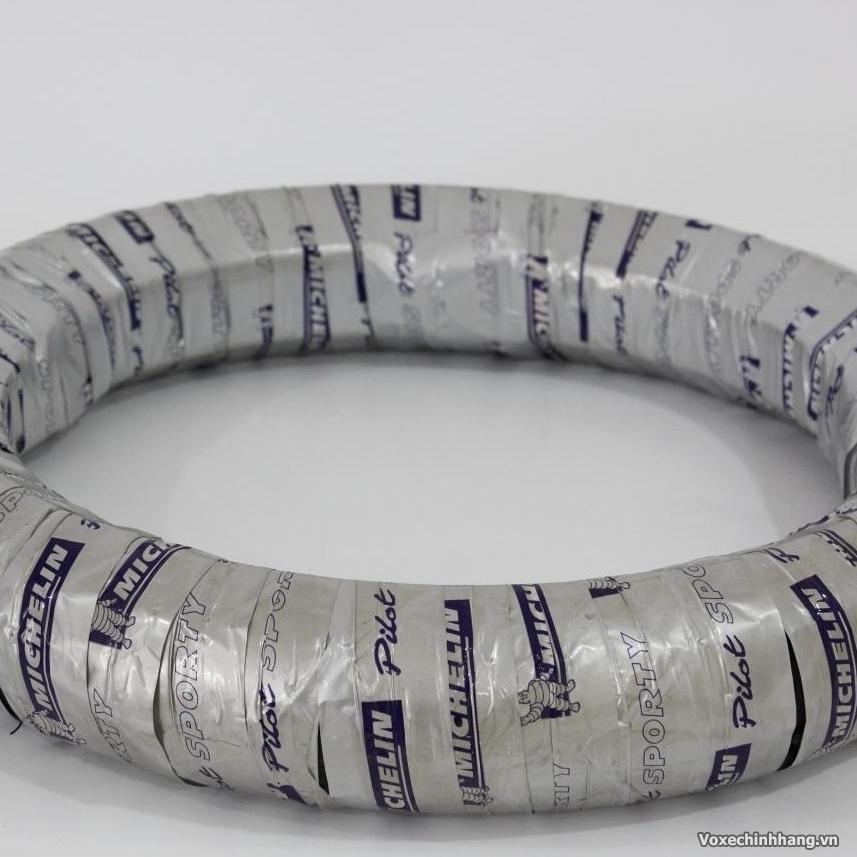 Chuyen vo Michelin danh cho xe may voi day du size kieu dang - 7