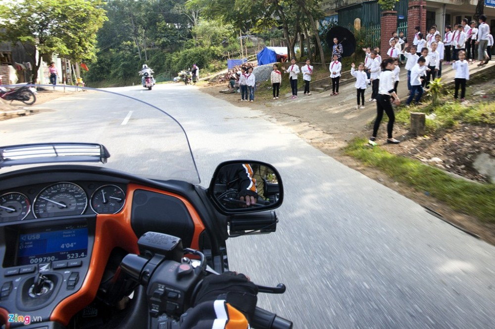 Dan sieu moto chinh phuc dinh deo Tay Bac - 6